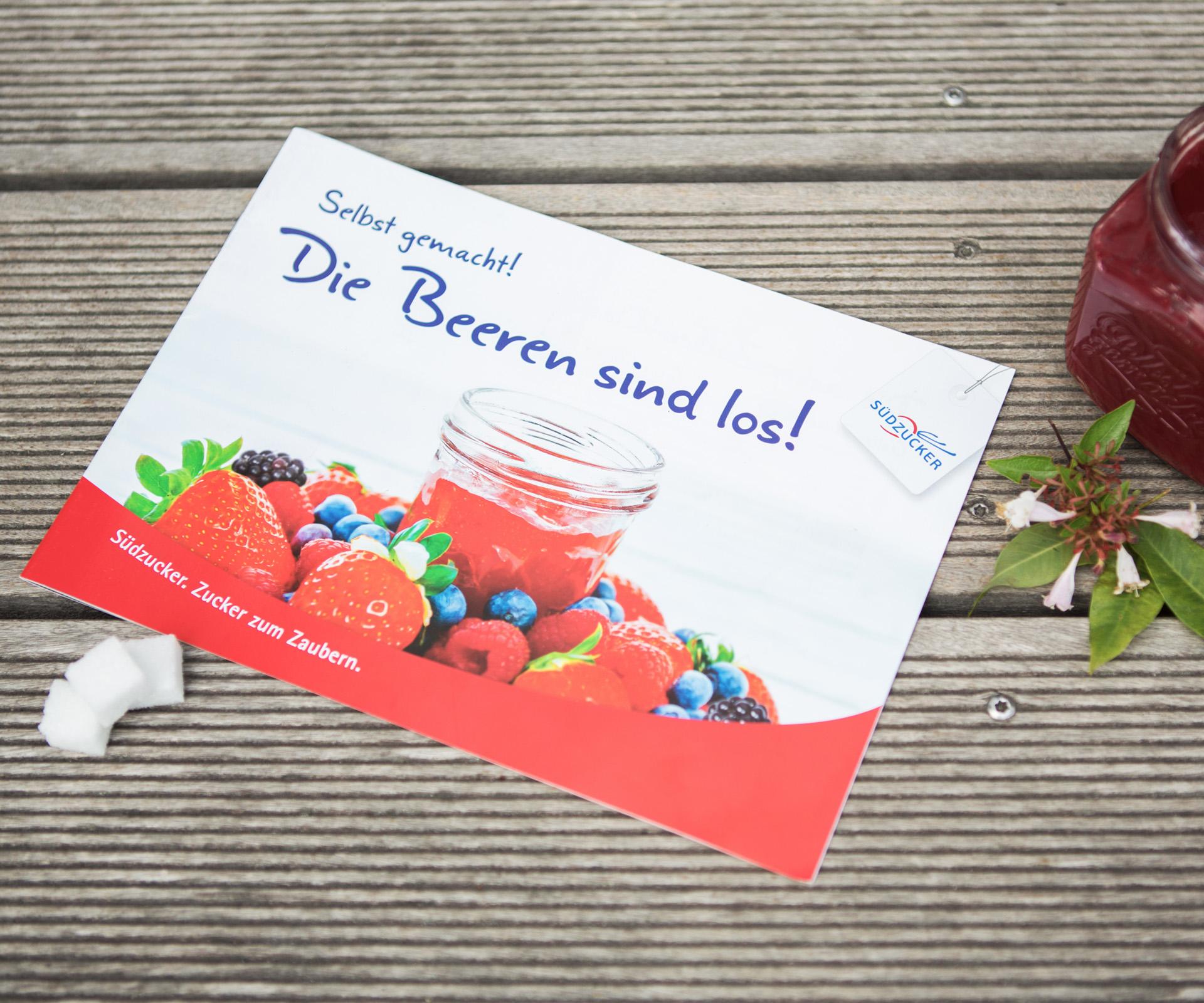 """Sabath Media Werbeagentur - Südzucker – Broschüre """"Die Beeren sind los"""" - Referenzbild 1"""
